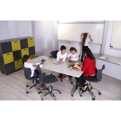 Robotik Öğrenci Çalışma Masası